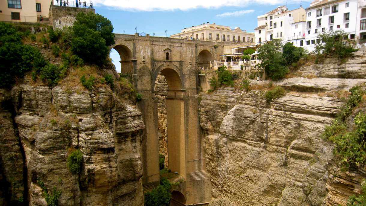 The Historic Puente Nuevo in Spain | The BackPackers Mountain