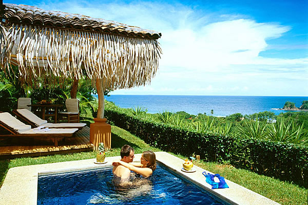Top 10 honeymoon destinations of the world the backpackers for Top 10 honeymoon locations