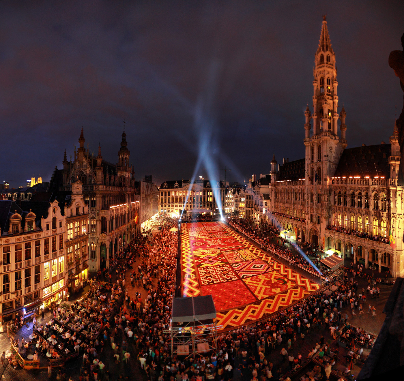 Brussels-Festival-Flower