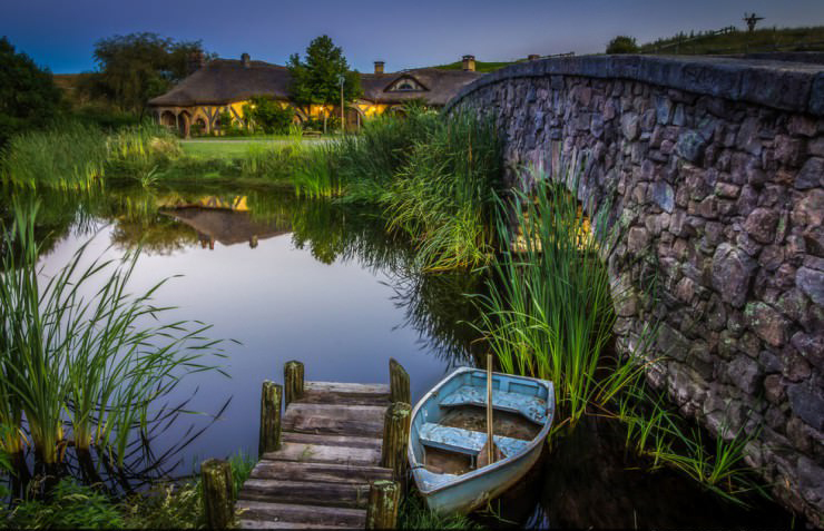 Hobbit Village in New Zealand2