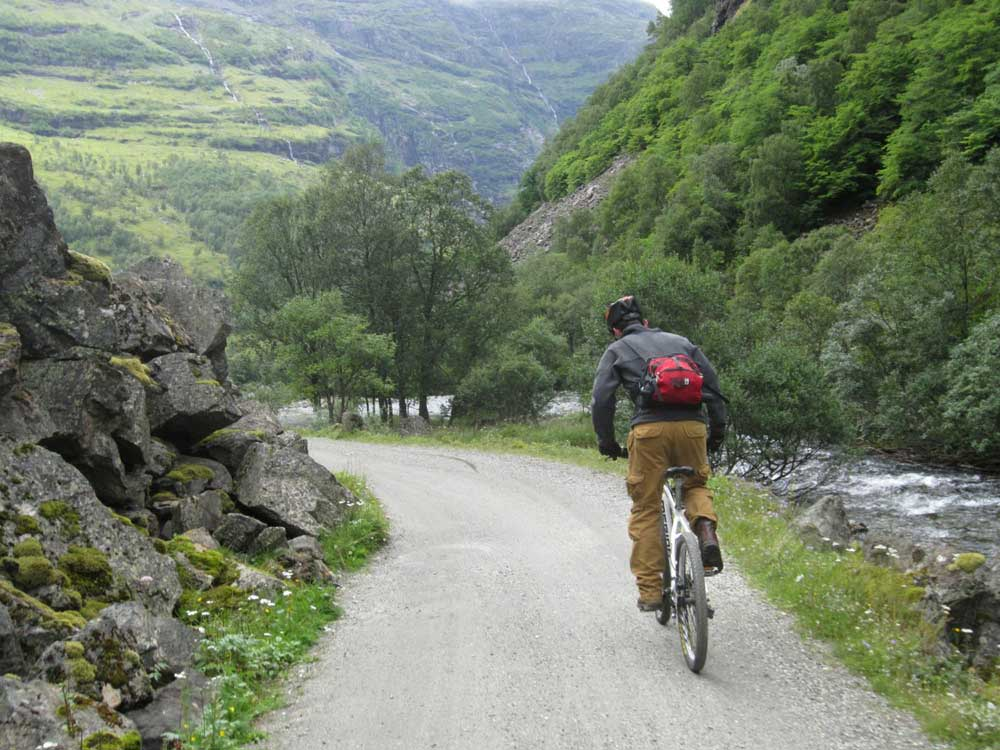 The spectacular Flam Valley4