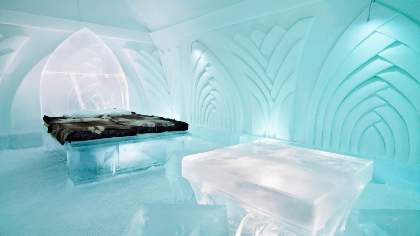 Ice Hotel in Jukkasjarvi, Sweden2