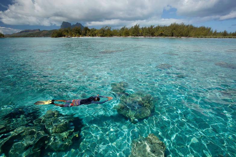 Turquoise Lagoon in Bora Bora3
