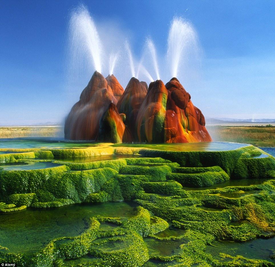 Fly Geyser, Nevada4
